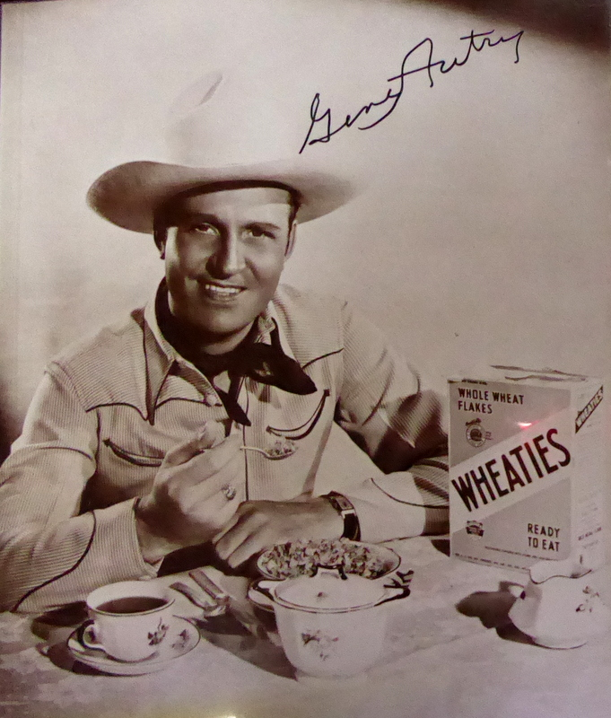 GENE AUTRY - Large Photo Signed