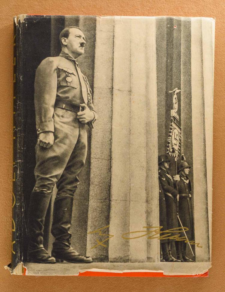 ADOLF HITLER CIGARETTE CARD BOOK 1935 very rare edition WW2 Millitaria