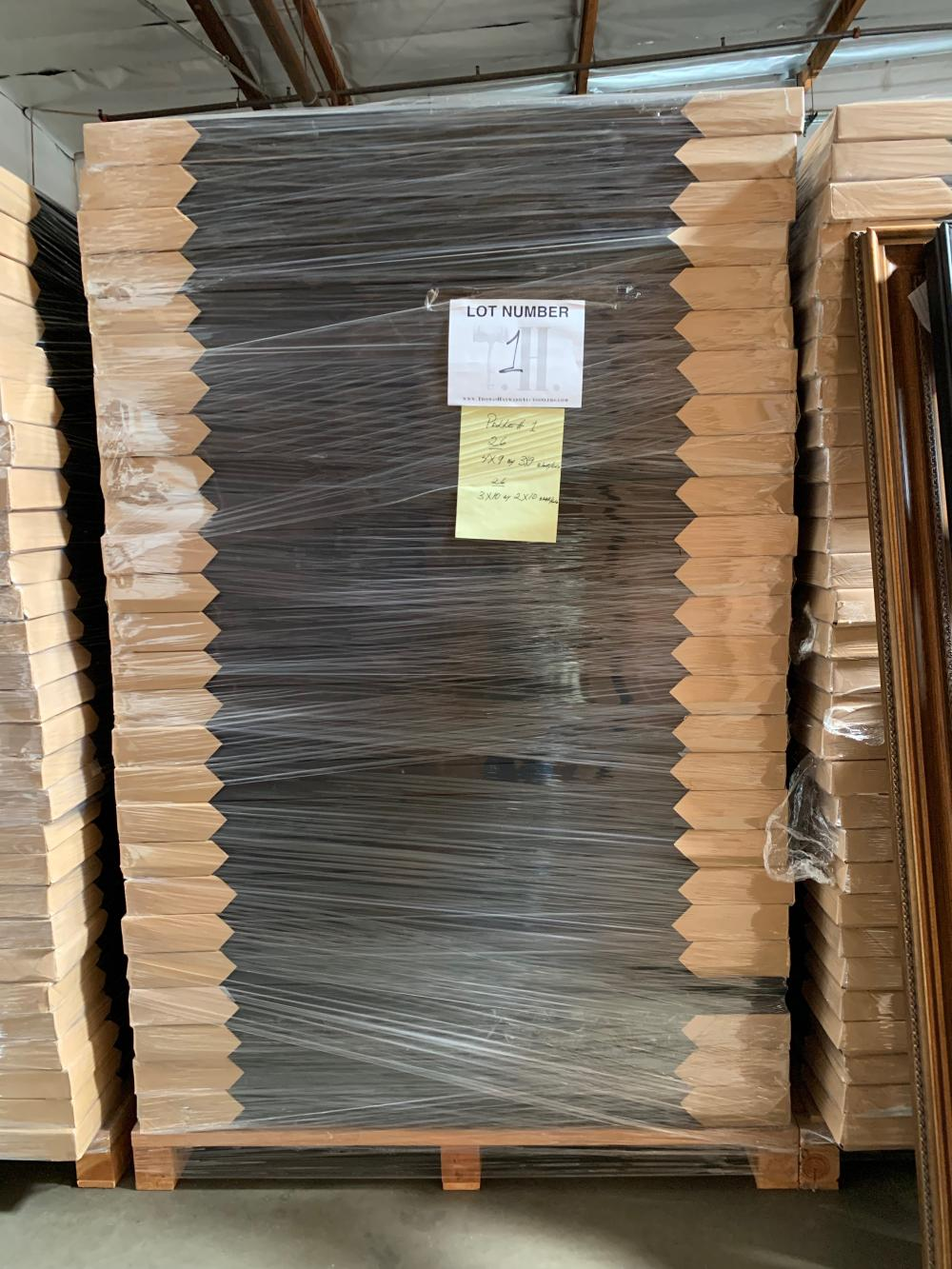 Pallet of Picture Frames 1