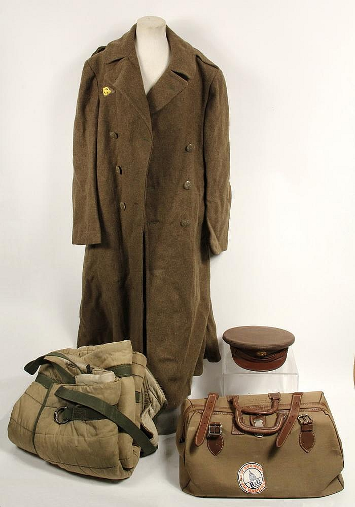 WWII UNIFORM ARTICLES & MEMORABILIA - Property of US Army Sg