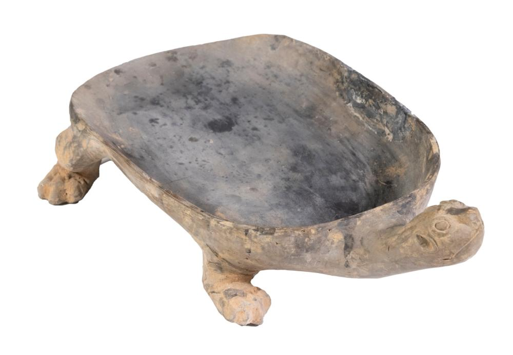 CHINESE HAN DYNASTY (206 BC-220 AD) TORTOISE FORM POTTERY INKSTONE