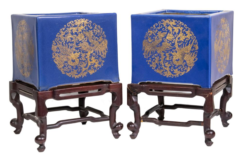 PR CHINESE PORCELAIN JARDINIERES WITH STANDS