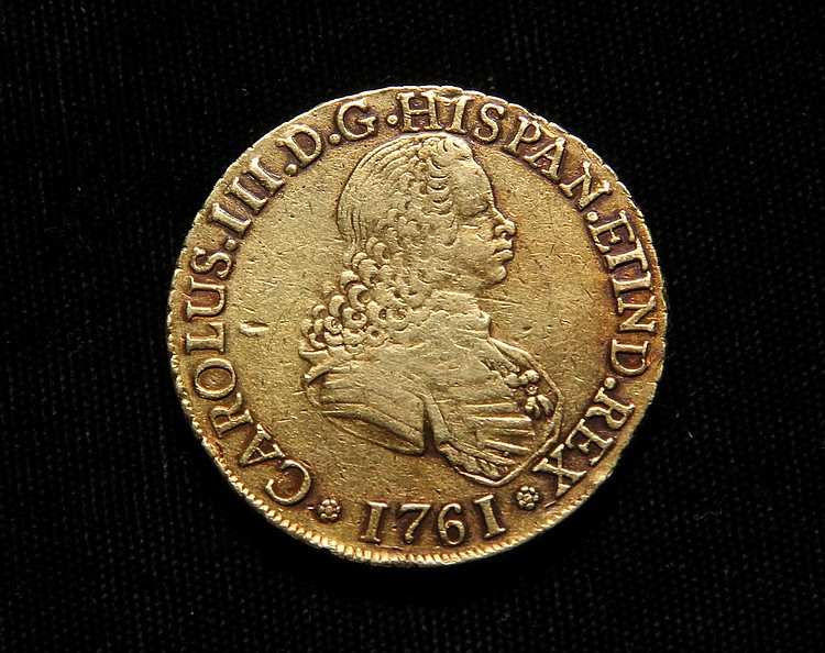 COIN - Spanish Eight Escudos Doubloon, minted in 1761 in the New World mint of Santiago, Chile, under the rule of Charles III. 35mm, 17