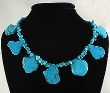 Beautiful Chunky Slab Turquoise Necklace 93.40 grams - L25122