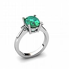 Emerald 2.60ctw Ring 14kt White Gold - L11072