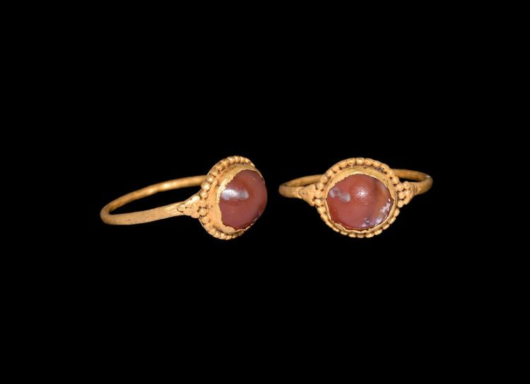 Greek Gold Ring with Carnelian Cabochon