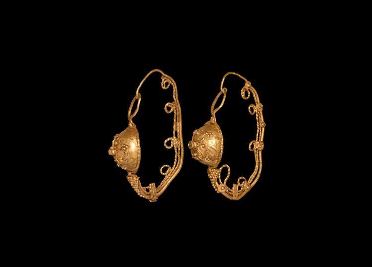 Roman Gold Earring Pair