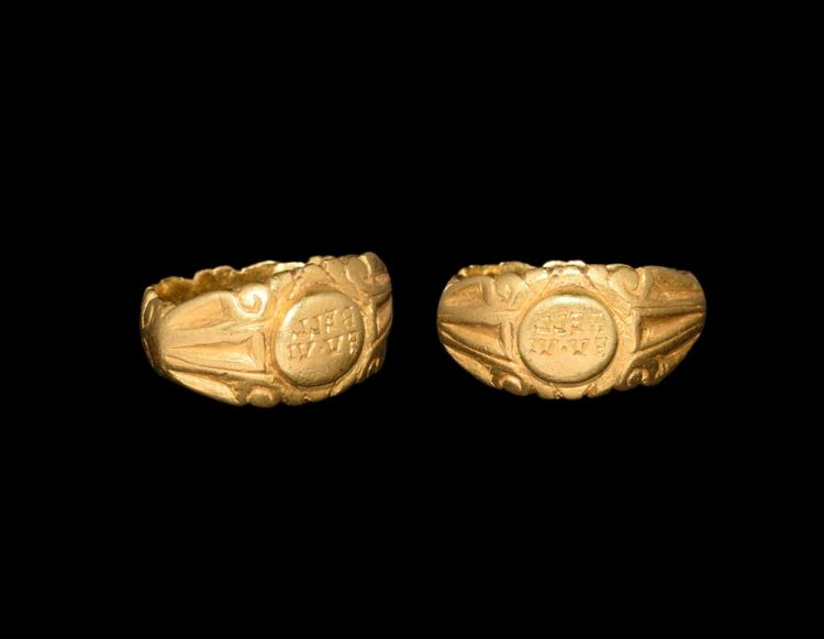 Roman Gold Military Seal Ring with BELL EV.VI
