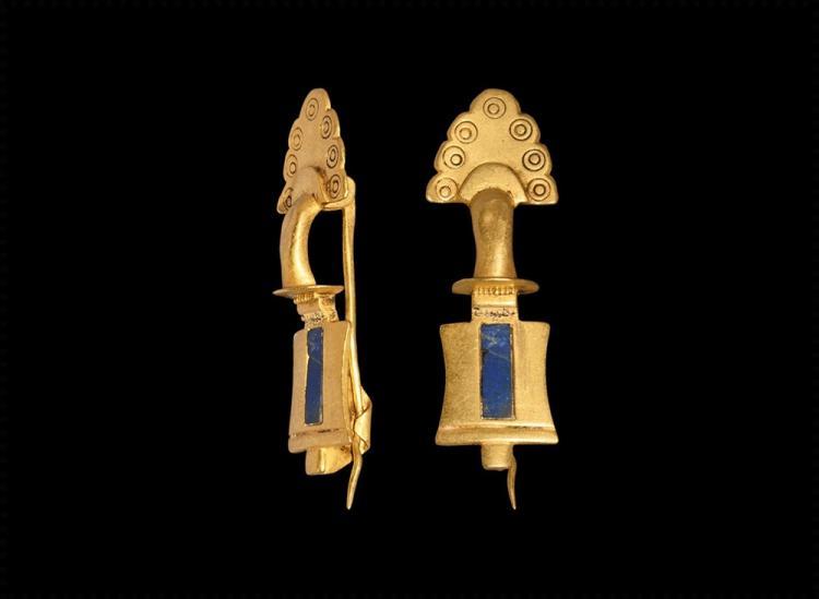 Roman Gold Fan-Shaped Brooch