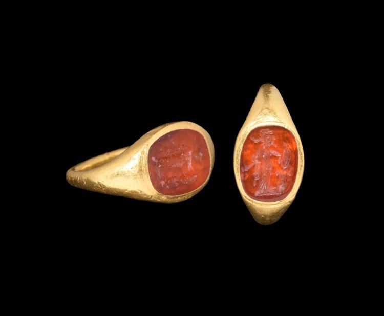 Roman Gold Ring with Minerva Intaglio