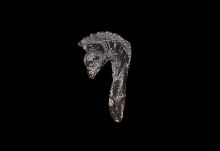 Roman Gryphon Helmet Mount