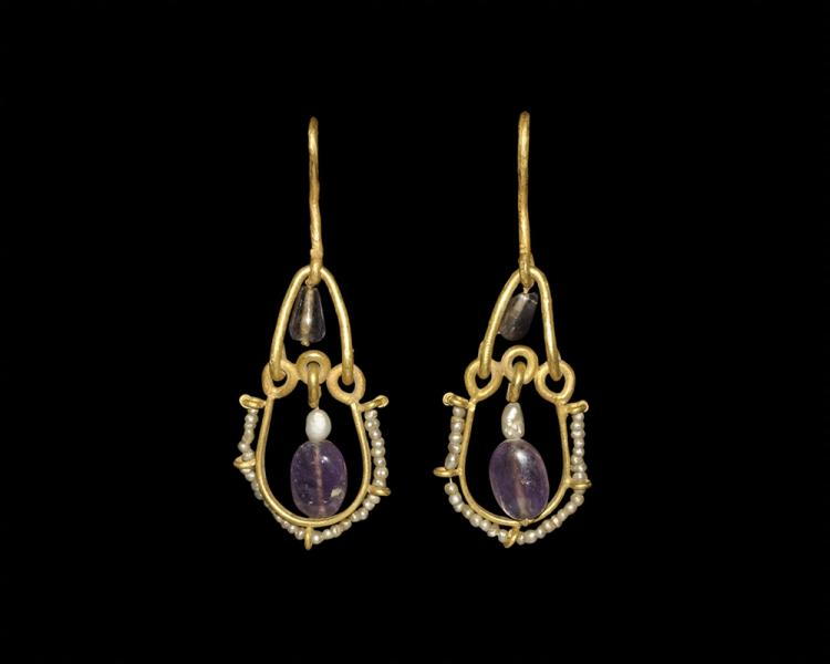 Byzantine Gold Earrings with Amethysts and Pearls