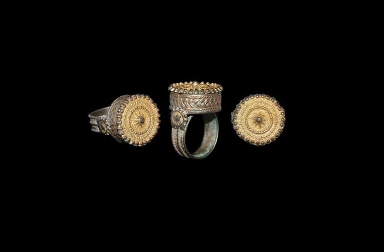 Byzantine Gilt Finger Ring