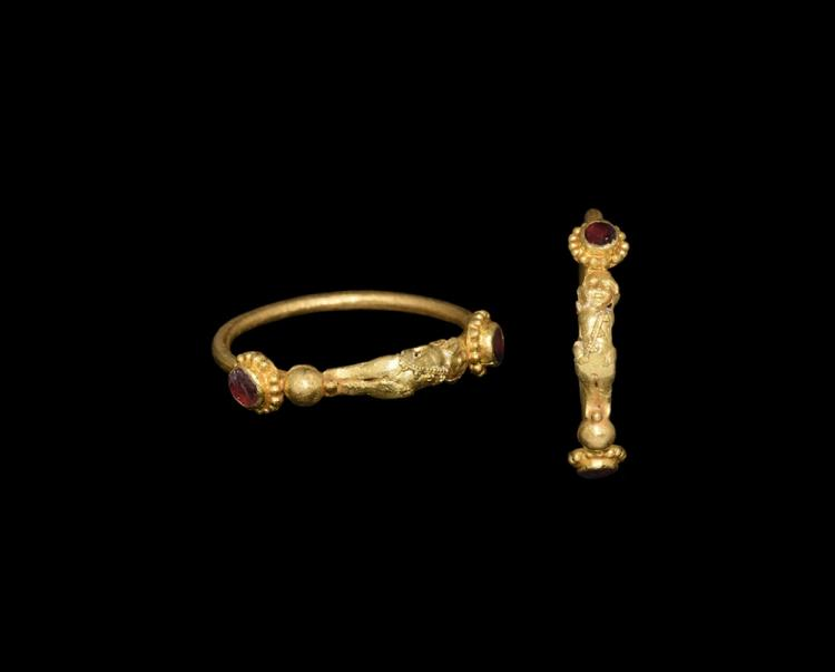 Greek Gold Figural Ring