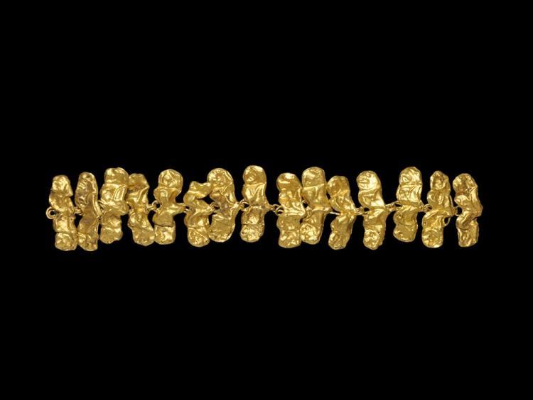 Greek Gold Bracelet with Lion Heads