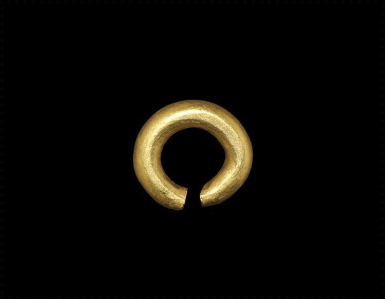 Bronze Age Gold 'Ring Money' Adornment