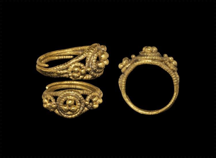 Viking Gold Filigree Ring