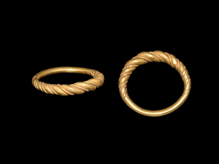 Viking Gold Twisted Ring