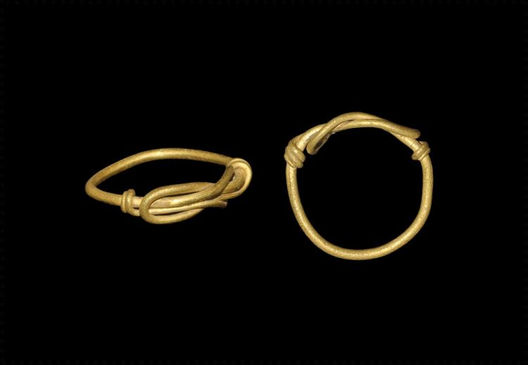 Viking Gold Ring with Knot