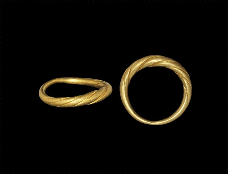 Viking Gold Faux-Twisted Ring