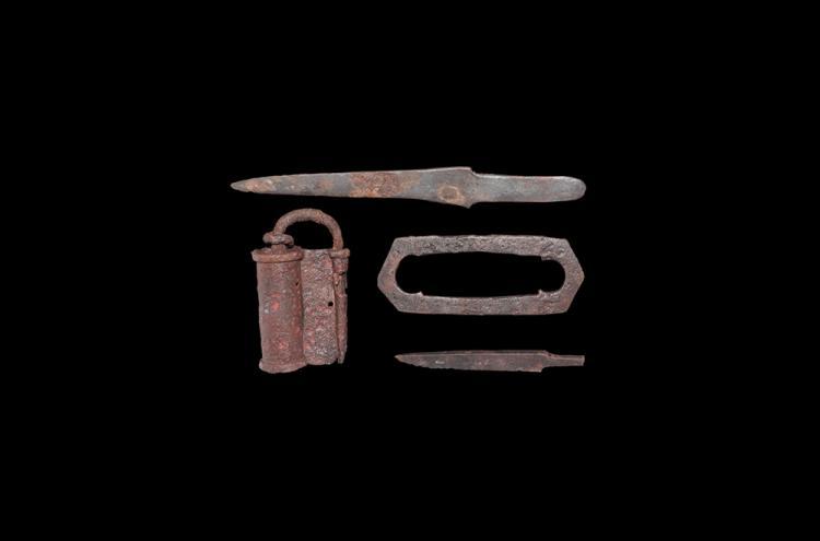 Viking Padlock and Knife Group
