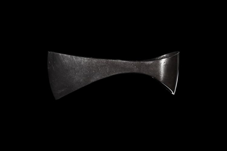 Viking Pinched Axehead with Sweeping Lines