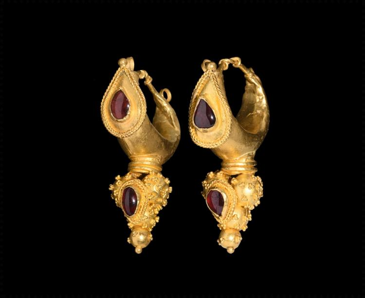Islamic Safavid Gold Earrings