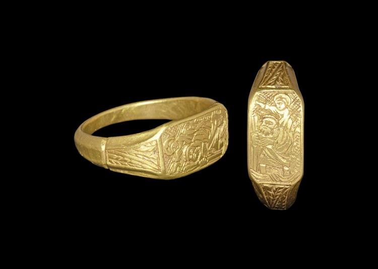 Medieval Gold Iconographic Ring with Saint Christopher