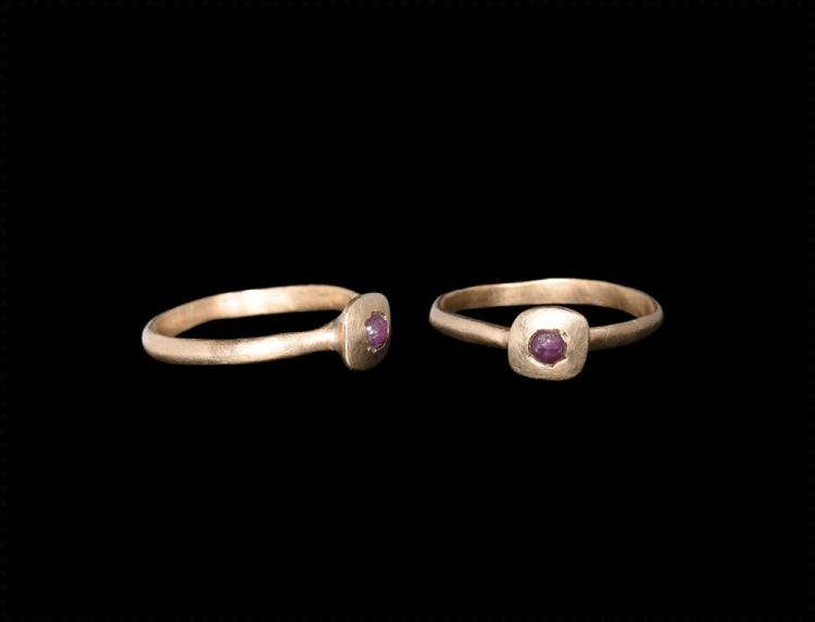 Medieval Gold Ring with Ruby