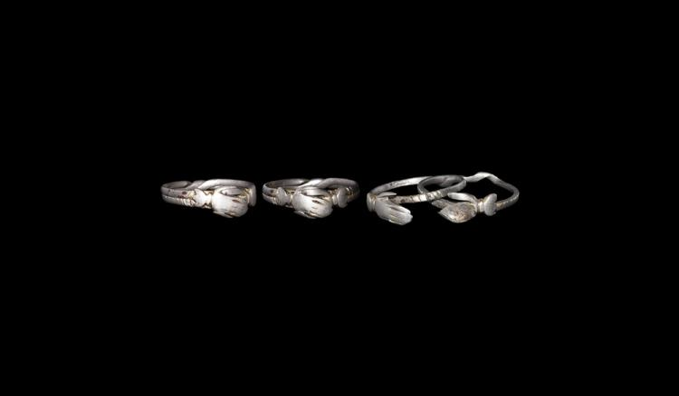 Medieval Clasped Hands Gimmel Ring