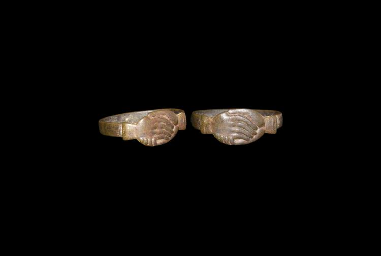 Medieval Clasped Hands Fede Ring