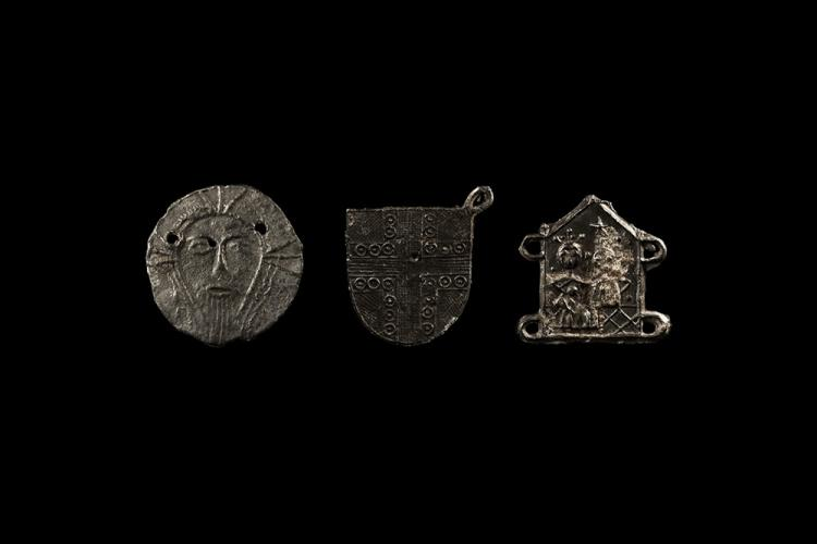 Medieval Pewter Mount Group