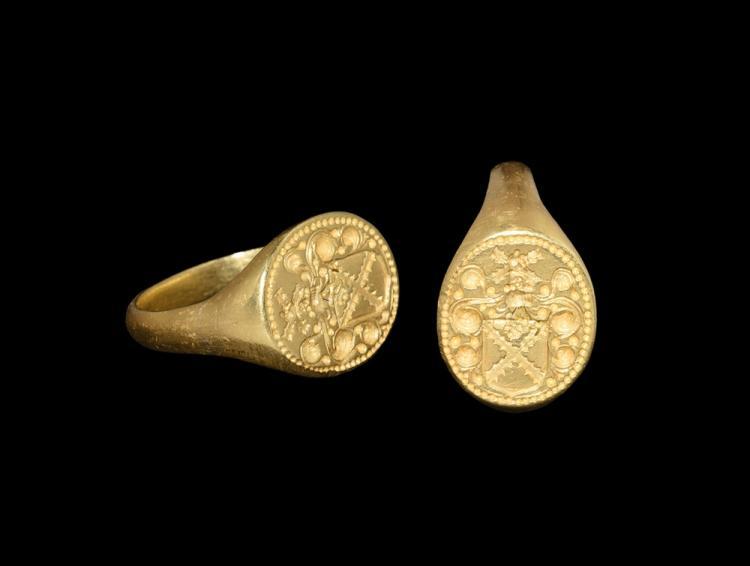 Post Medieval Gold 'Middleton Family' Heraldic Signet Ring