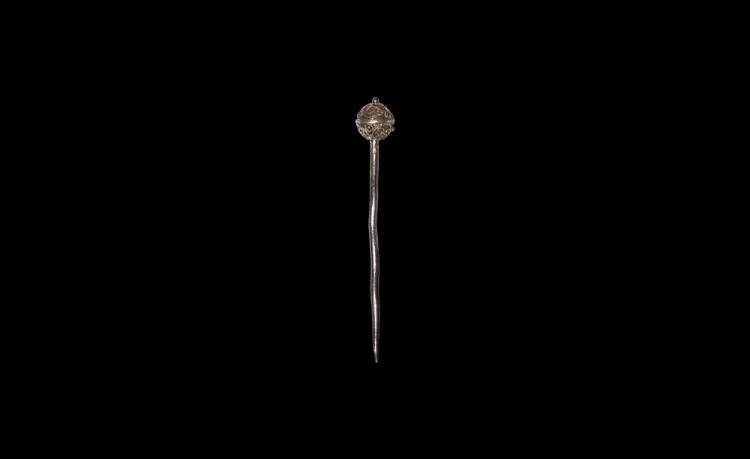 Post Medieval Gilt Filigree Pin