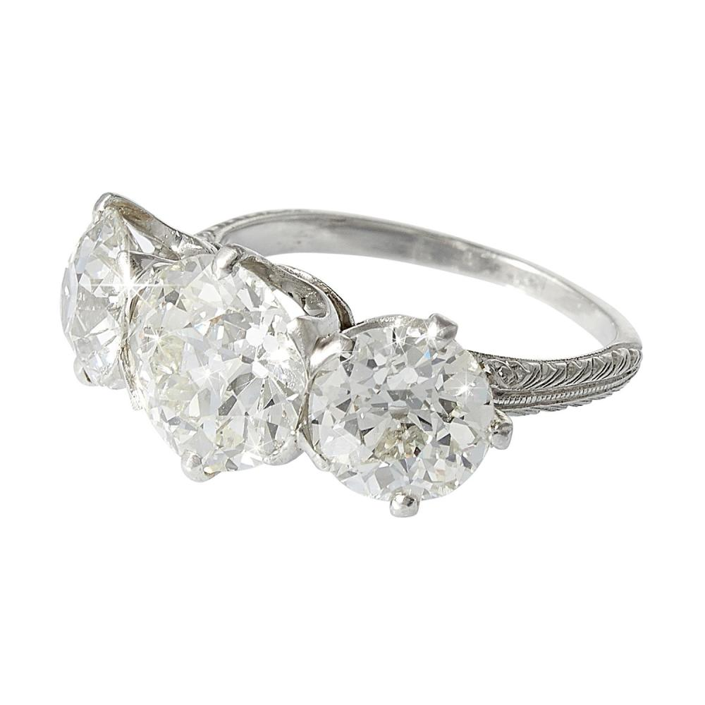 Jewelry, Silver & Objects of Vertu