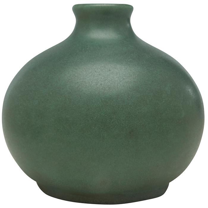Teco, W.D. Gates (1852-1935), designer bud vase, #52 4.5