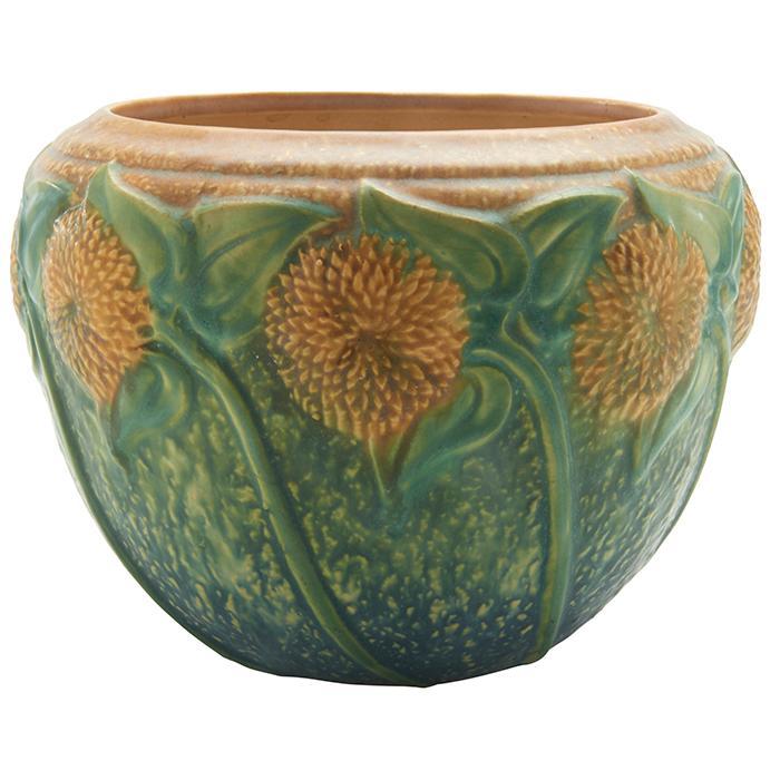 Roseville Pottery Co. Sunflower vase 8.5