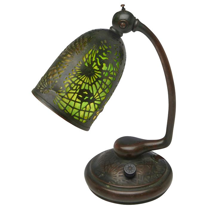Tiffany Studios Pine Needle desk lamp, #552 7.5