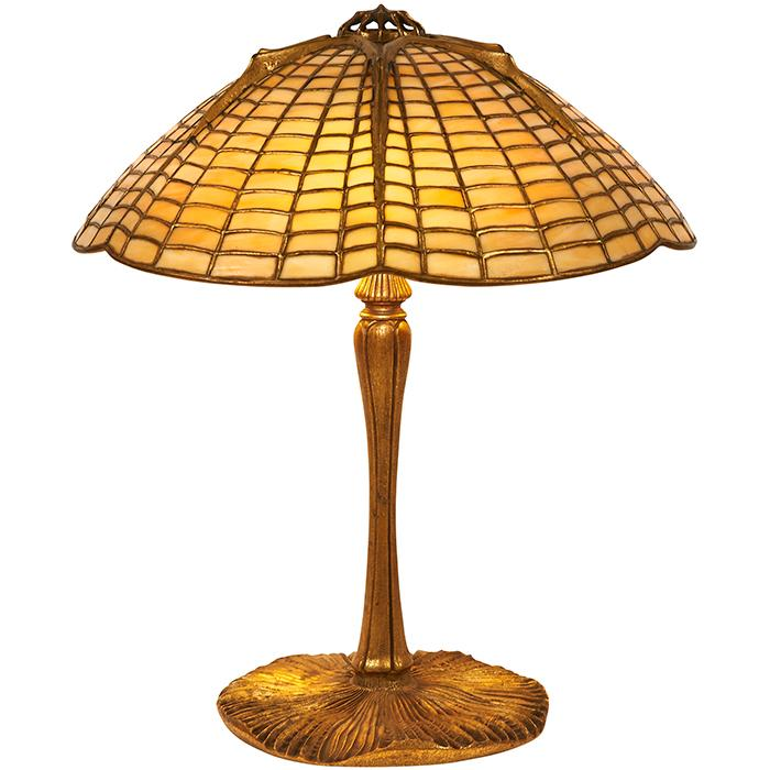 Tiffany Studios Spider table lamp: shade, #1424 on an Inverted Mushroom base, #337 15
