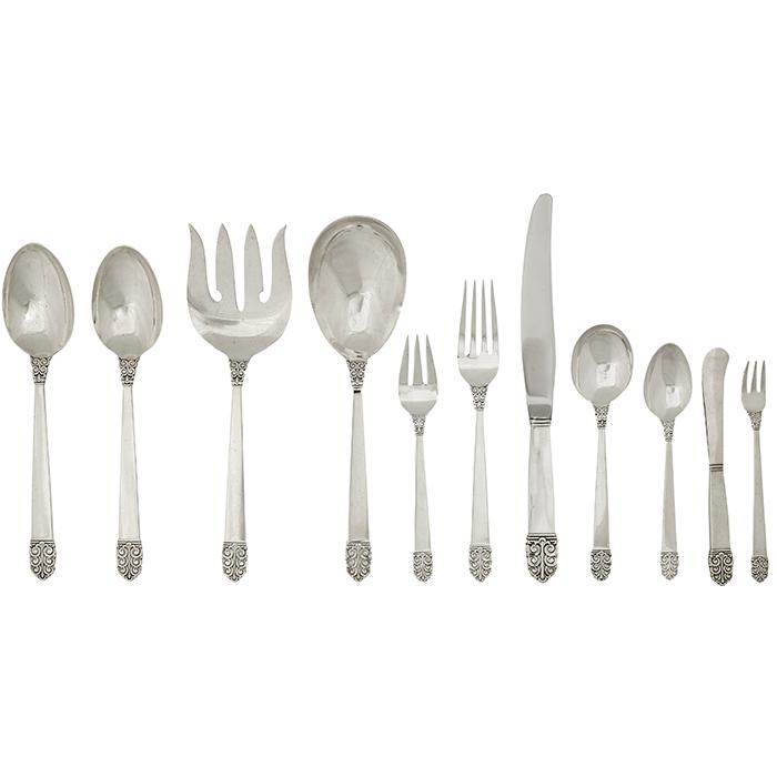 Alfred G. Kintz (1884-1963) for International Silver Northern Lights flatware, service for 10 serving spoon: 2.5
