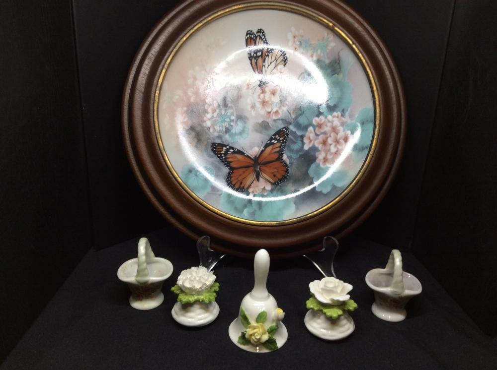 Butterfly Collectors Plate Vintage Monarch Butterflies by Lena Lou 1988 Fine China Plate In Timber Frame(28cm dia). 5 Hand Painted Porcelain Trinkets (tallest 8cm H)