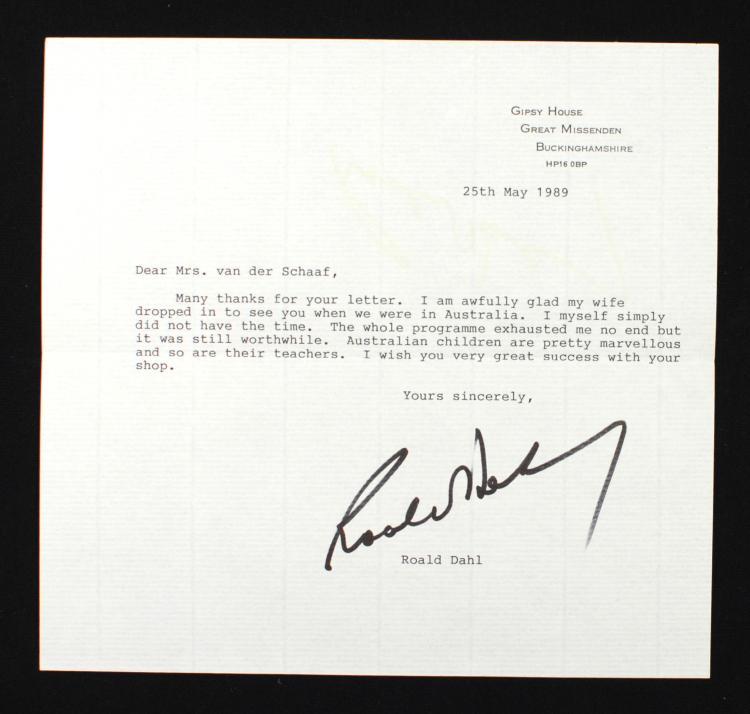A typed letter signed by Roald Dahl to a South Australian bookseller (1989)