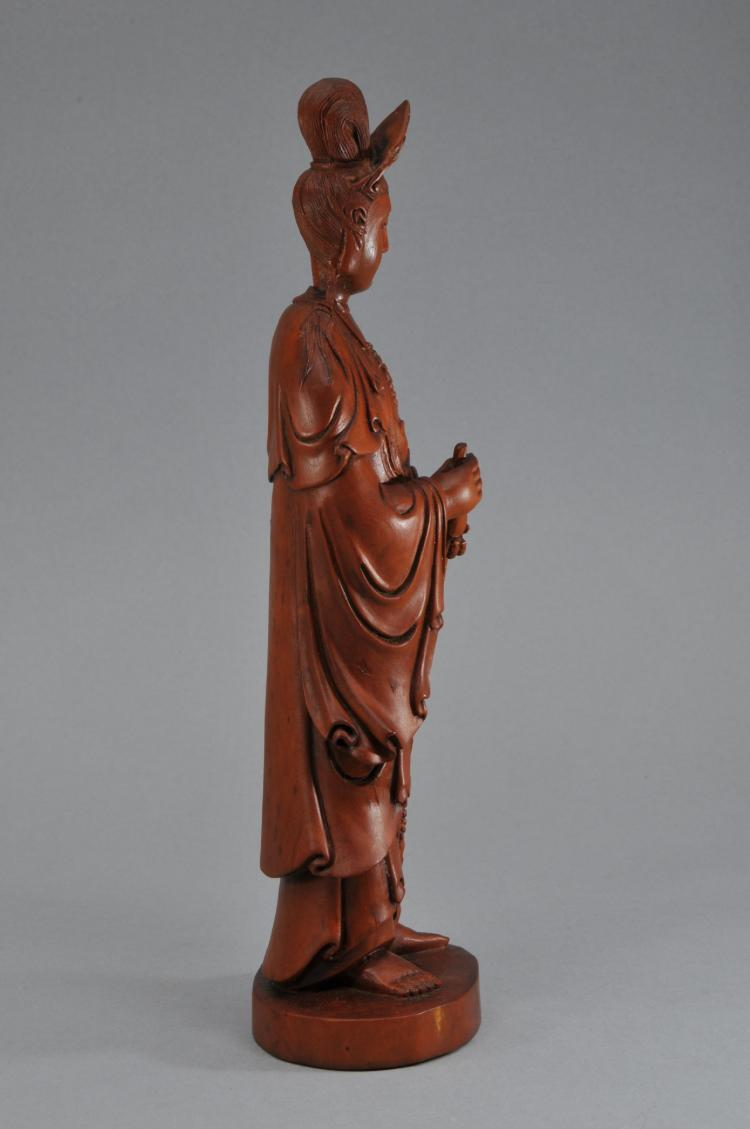 Boxwood carving china early th century standing figure