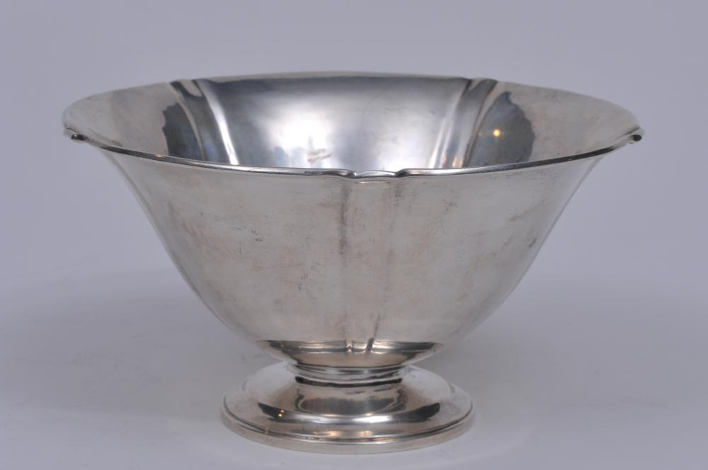 """Lot 17: Arthur Stone sterling silver Arts and Crafts footed bowl with round petal form shape. Good condition. 7-1/4"""". 13.4 ozt."""