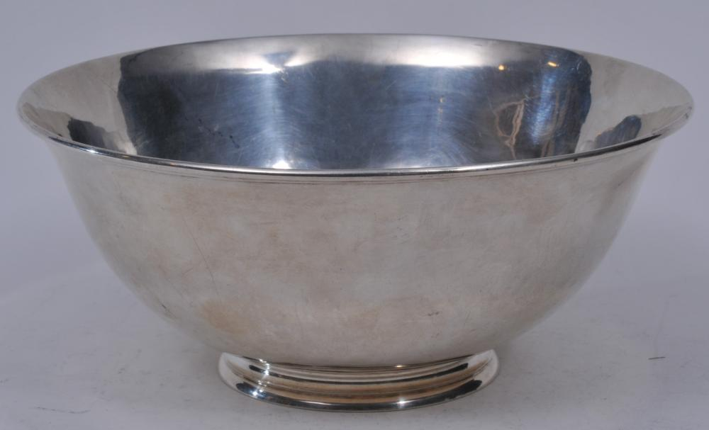 "Lot 142: Arthur Stone sterling silver large Paul Revere bowl with moulded rim. 9-1/2"" diameter. 4"" high. Slight imperfections and light scratches. Otherwise good condition. 25.2 ozt."