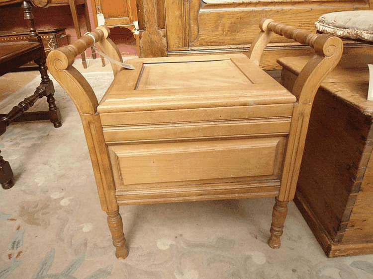 A late Victorian pine commode