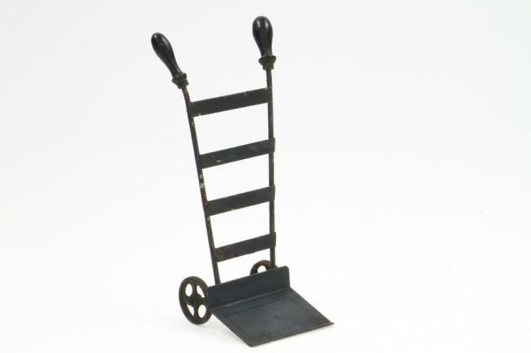 Marklin Luggage Cart
