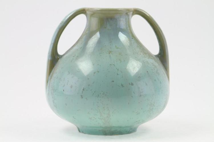 FULPER FLAMBE GLAZED POTTERY TWO HANDLED VASE