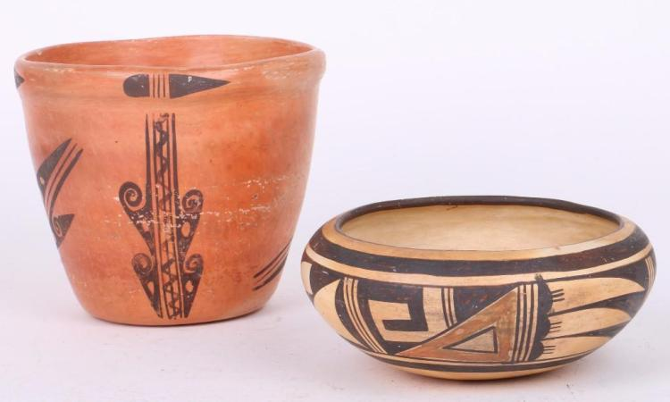 Two Hopi vessels