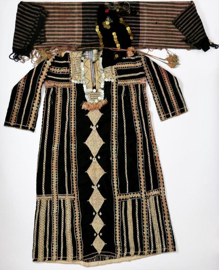A very rare Bedouin woman's outfit, Western Desert, Egy